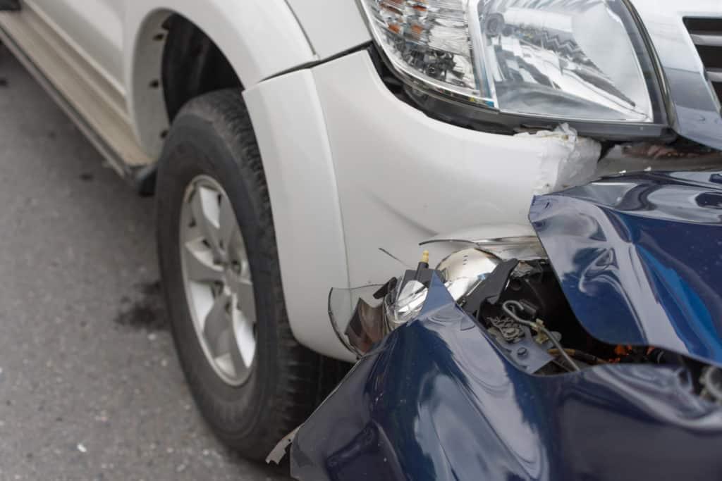 3 People Injured in Rollover Crash on Avenida La Cresta and Clinton Keith Road [Murrieta, CA]