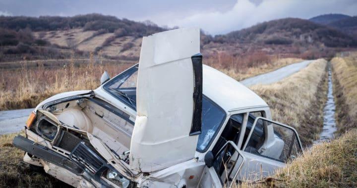 1 Killed, 1 Injured in Rollover Crash on Interstate 5 [Mount Shasta, CA]